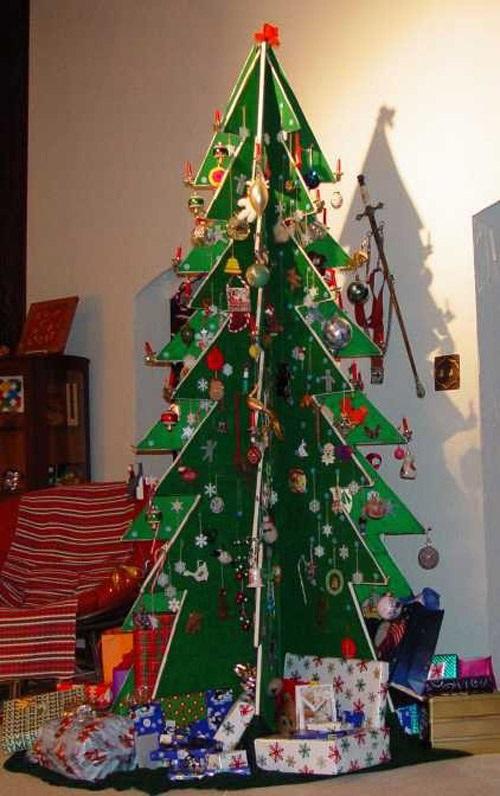 Альтернативная елка Сами с усами.
