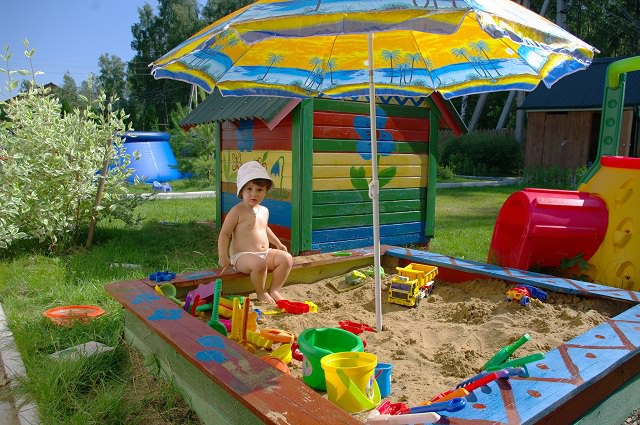 Детская песочница на дачу